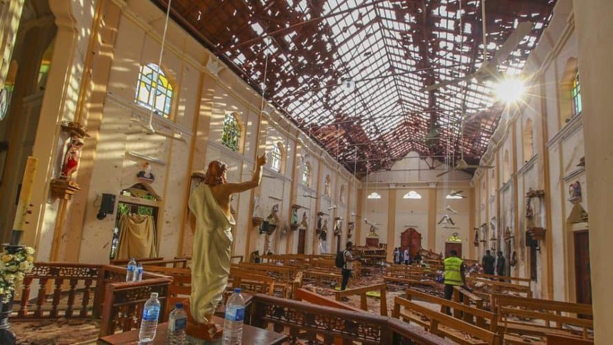 Digpu Extensive - Sri Lanka Hit By Series Of Suicide Blasts
