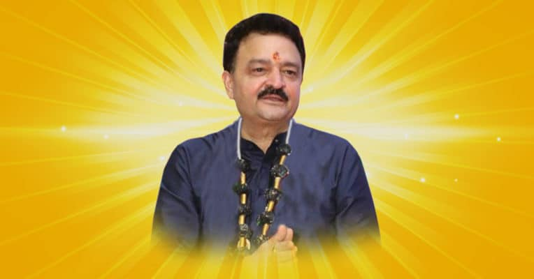 Pandit Raj Kumar Sharma Aces Astrology With His Predictions - Digpu
