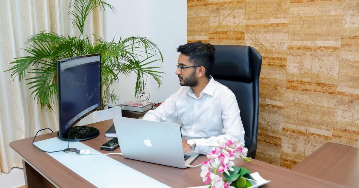 With an expanding client base and a vibrant spirit, Livelong Wealth is gearing up to burst forth onto the financial frontier