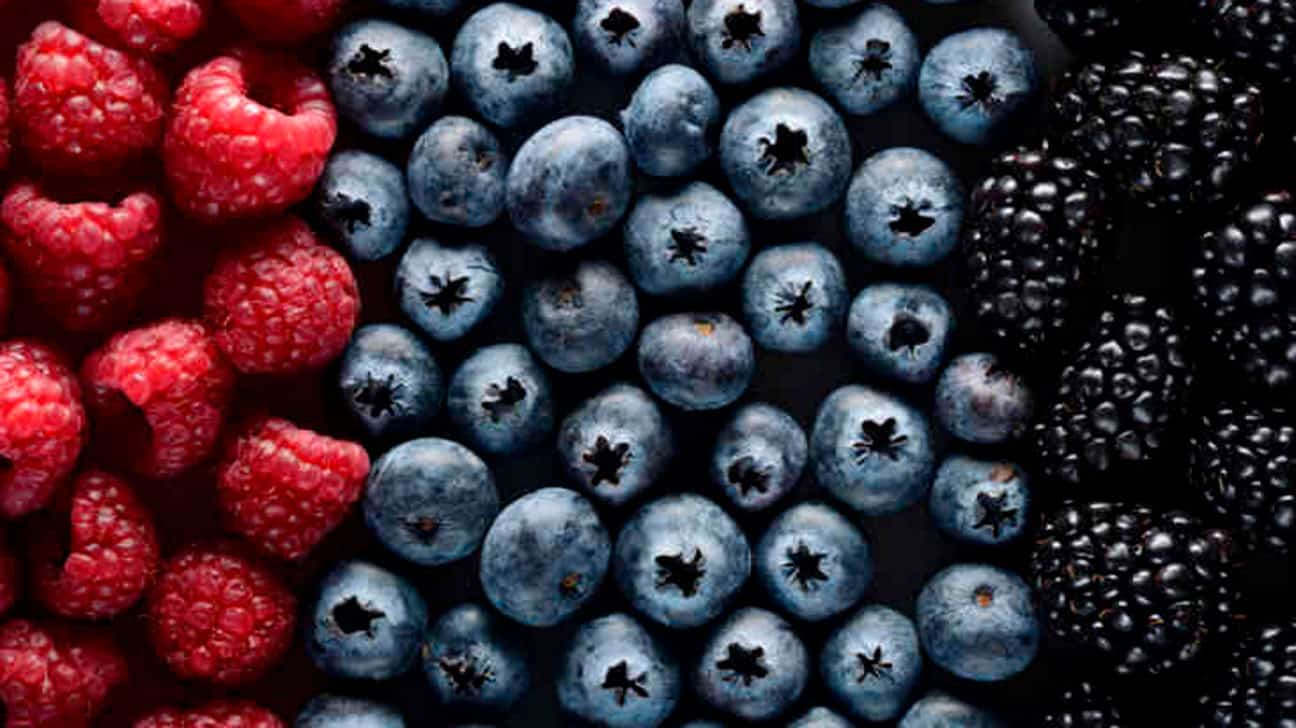 Consuming berry juice can lower high blood pressure: Study