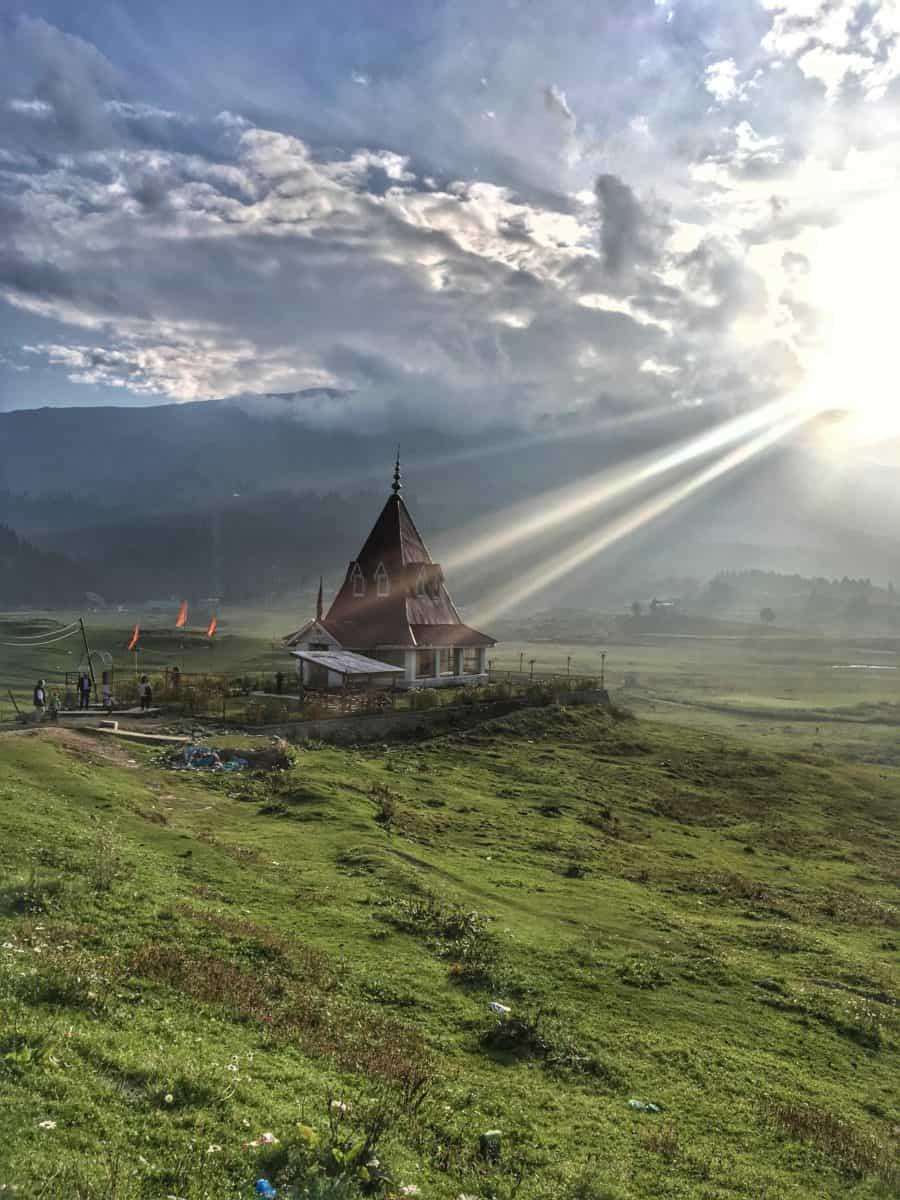 Dil-Paziir: Visiting Srinagar After 20 Years - II - Digpu