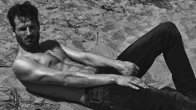 David Koch - The face of Vogue, British GQ, Givenchy and Harper's BAZAAR- Fashion News Digpu